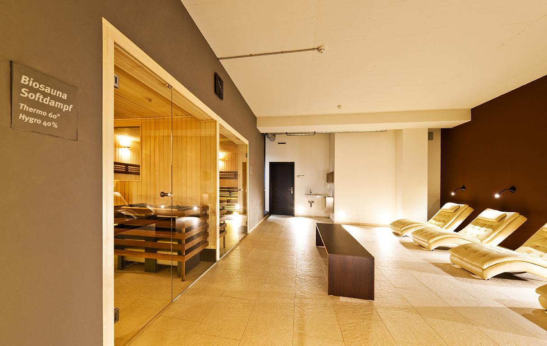Sauna und Liegeoase
